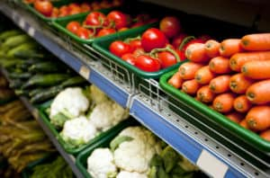 Available resources include food in this image of a grocery store aisle.